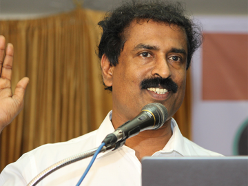 Ravichandran C